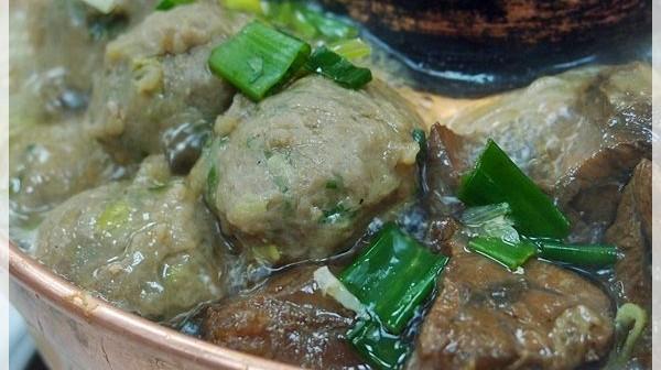 [食記]台中-清真恩德元餃子館(牛羊火鍋)。這個肉真的好銷魂 5