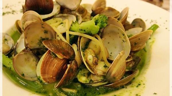 [食記]台中-懷特朵兒義式料理~一斤蛤蜊義大利麵
