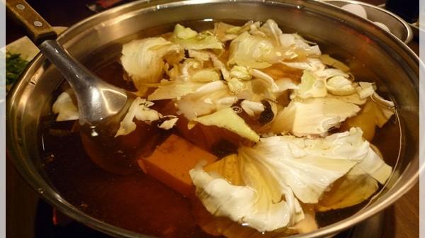 汕頭泉成沙茶火鍋。好個沙茶香
